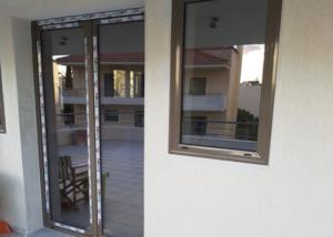 καφέ παράθυρα (2)